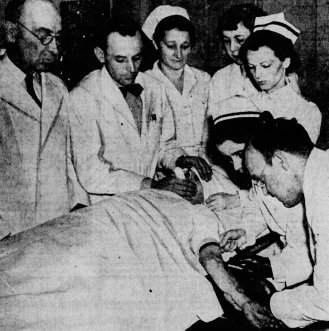 Injecting Metrazol into a patient at Eastern State Hospital, Lexington, Kentucky.
